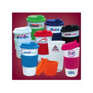 single-wall-mug-with-silicone-lid-grip